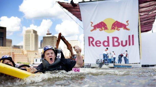 O.N. VS Red Bull Flugtag thumbnail