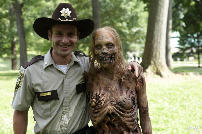 Zombie e umani, la convivenza è possibile? thumbnail