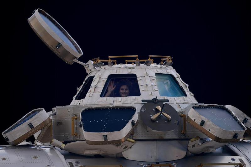 Expedition 42: allacciate le cinture, si torna a casa! thumbnail