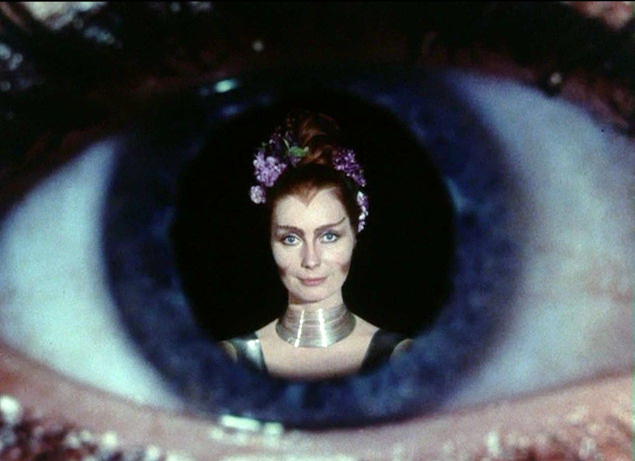 Costantemente aliena: Intervista a Catherine Schell thumbnail