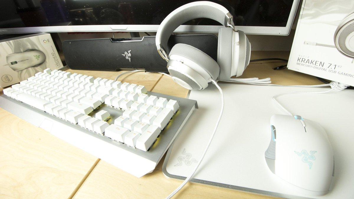 Gladiatori da tastiera: quando l'equipaggiamento fa la differenza thumbnail