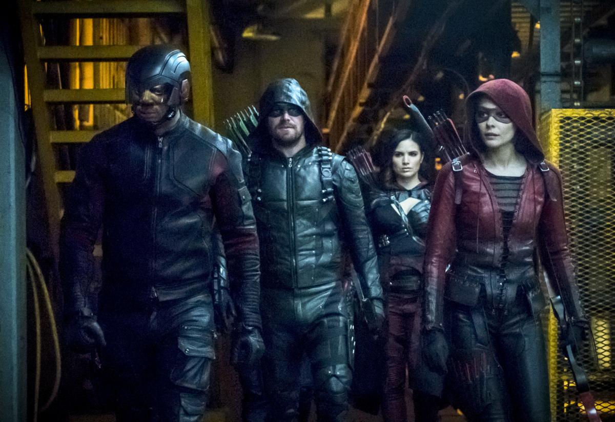 Arrow: un nuovo trailer della settima stagione thumbnail