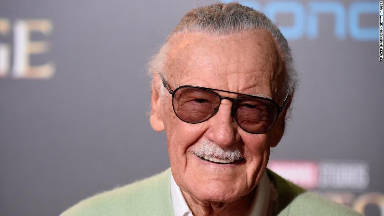 Stan Lee: il saluto di Marvel, Disney e DC Comics thumbnail