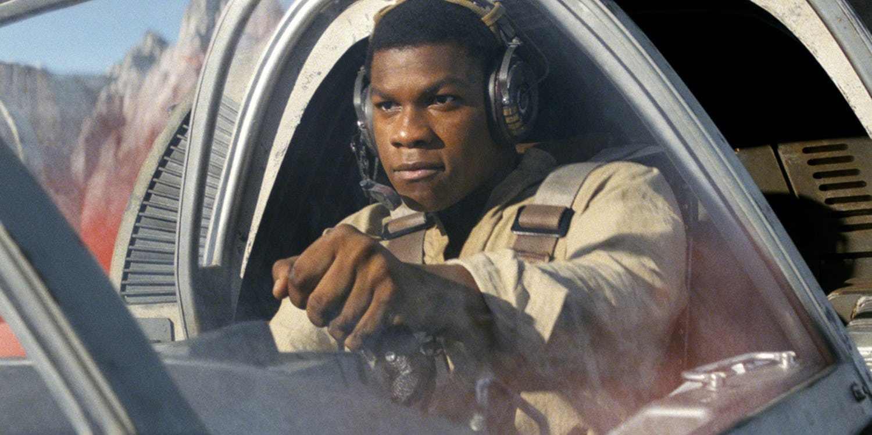 Star Wars: Episodio IX - John Boyega svela un dettaglio sulla linea temporale del film thumbnail