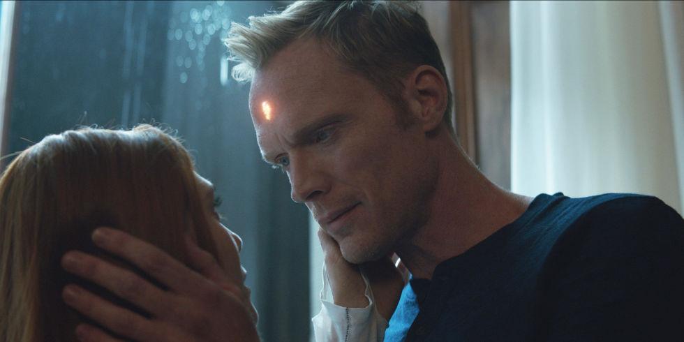 WandaVision: Paul Bettany ed Elizabeth Olsen elogiano lo script thumbnail