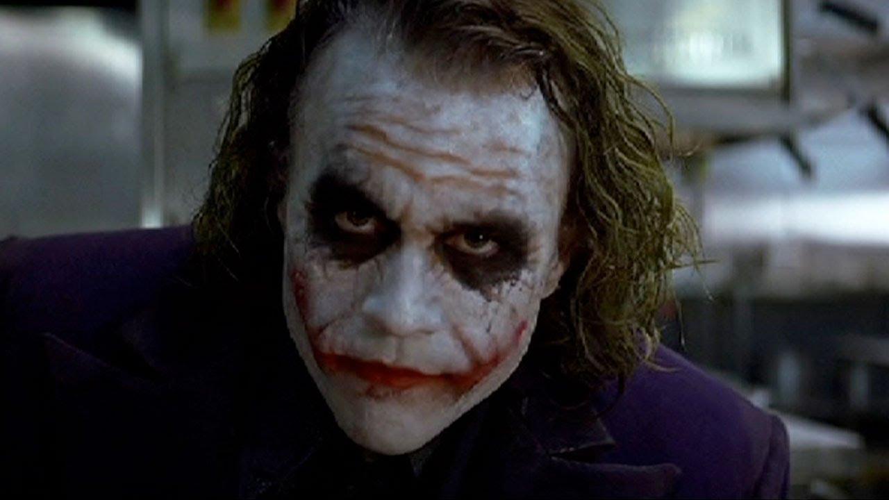 """Il Cavaliere Oscuro: svelato il trucco della """"scena della matita"""" di Joker thumbnail"""