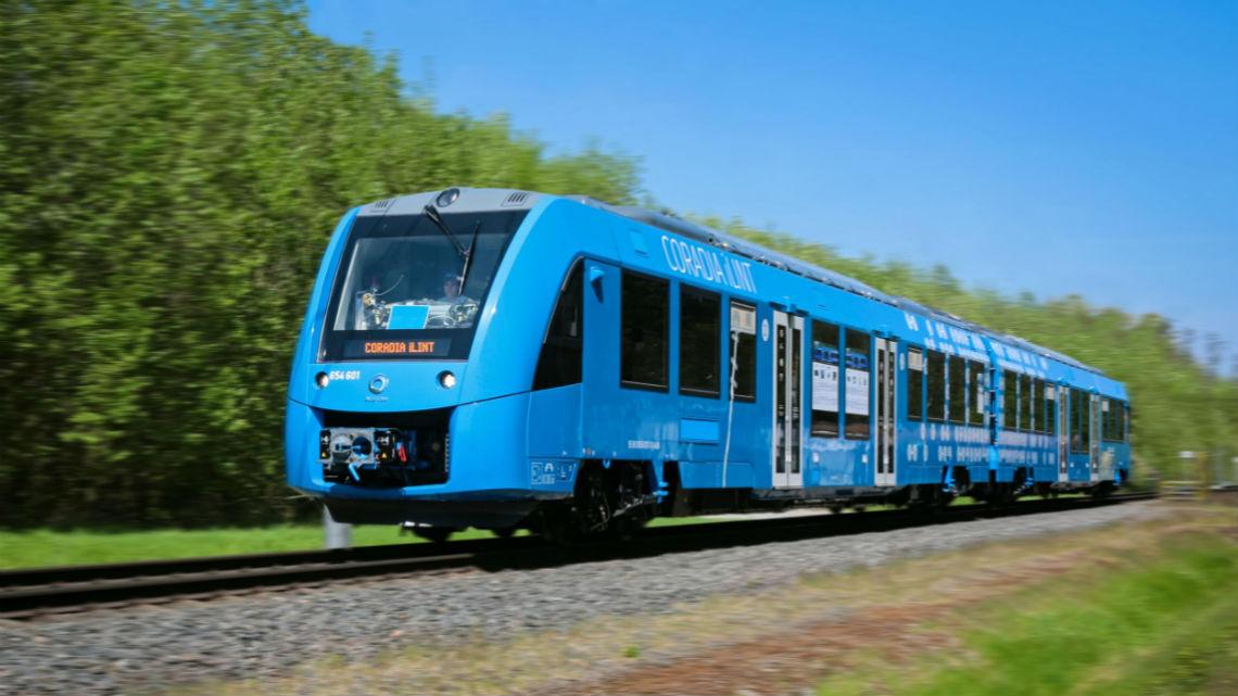 Entra in circolazione il primo treno a idrogeno thumbnail