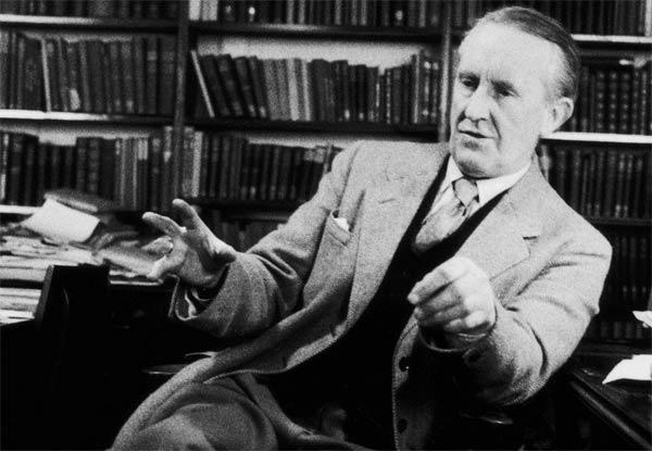 Tolkien: il film sul celebre scrittore uscirà nelle sale a maggio thumbnail