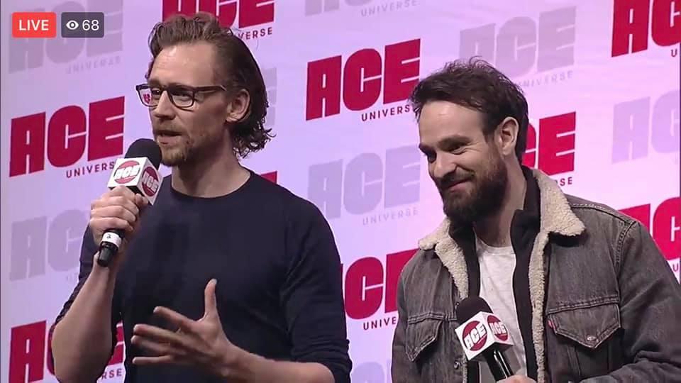 Tom Hiddleston incontra Charlie Cox ad una convention thumbnail