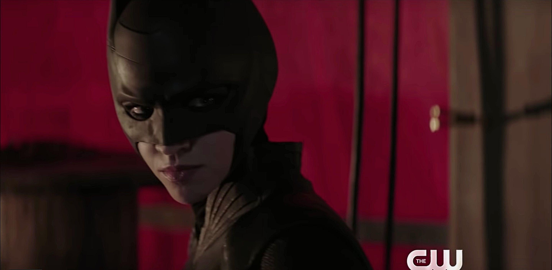 Batwoman: uscito il primo trailer thumbnail