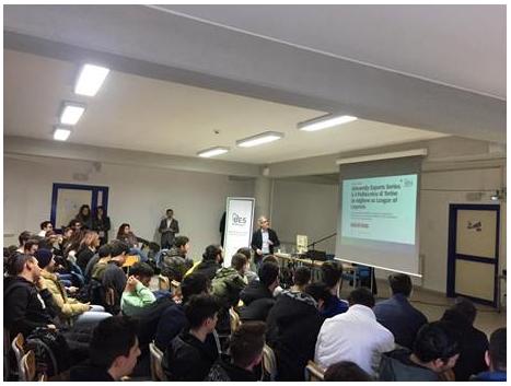 eSports a scuola con Daniele 'Prinsipe' Paolucci del team MKERS thumbnail