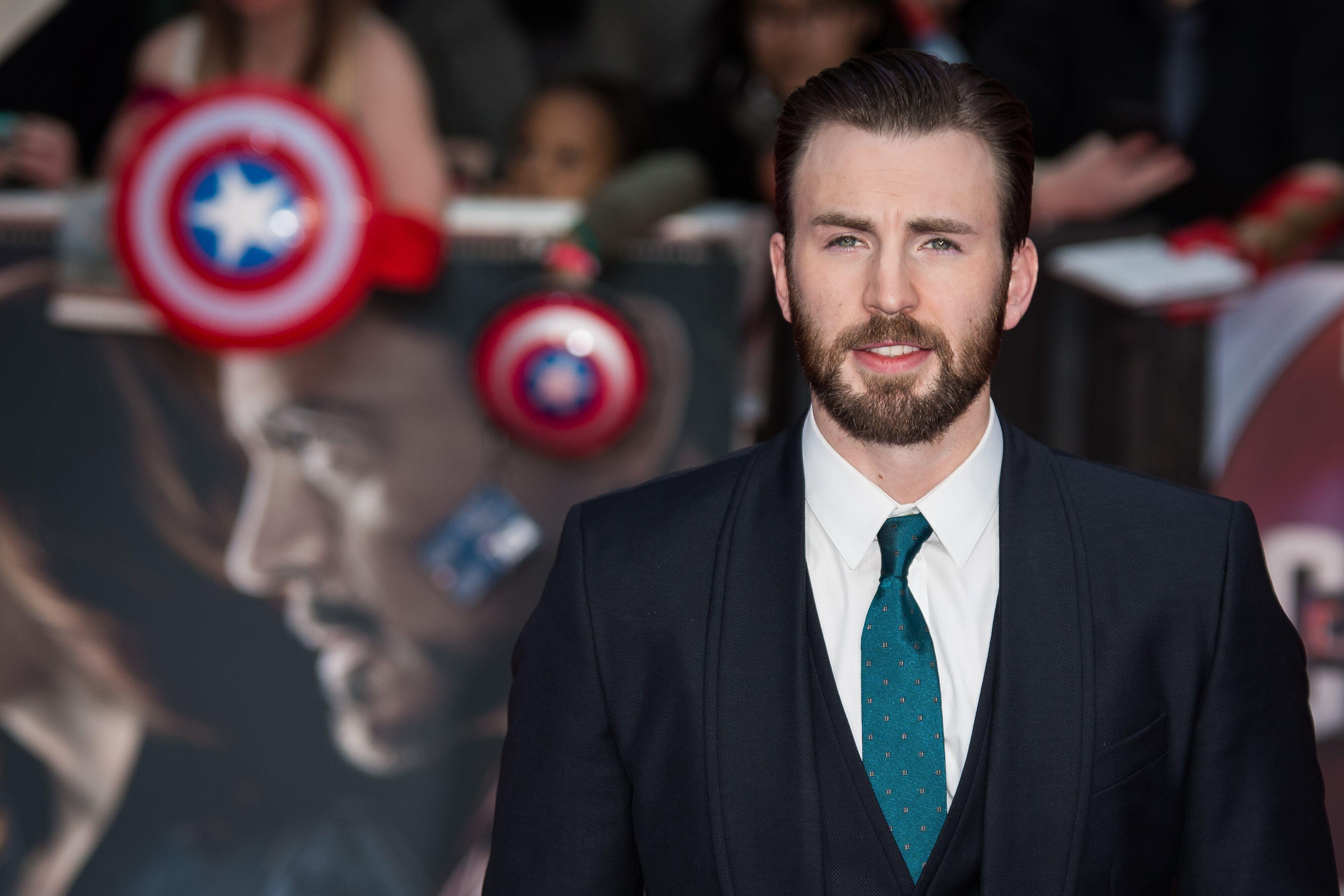 La madre di Chris Evans ha pianto alla fine di Avengers: Endgame thumbnail