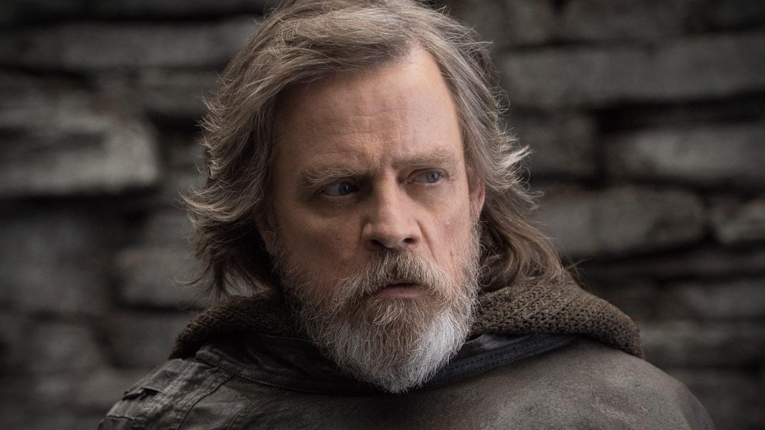 Il ruolo segreto di Mark Hamill in Star Wars 9 thumbnail