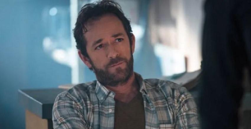Riverdale 4: tributo a Luke Perry nel primo episodio thumbnail