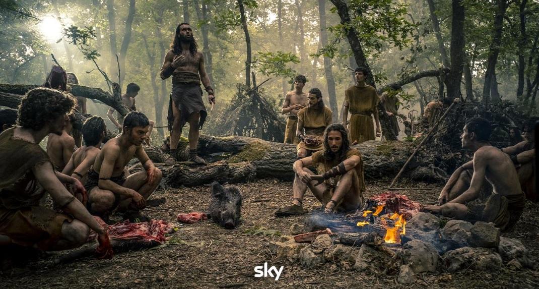 Romulus, le prime immagini della serie tv Sky tratta da Il Primo Re thumbnail