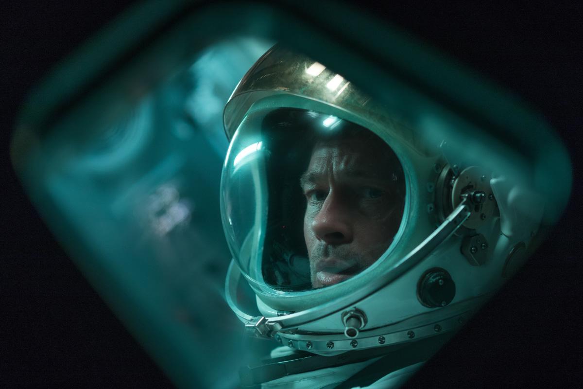 Ad Astra: una clip esclusiva dal film con Brad Pitt in uscita oggi thumbnail