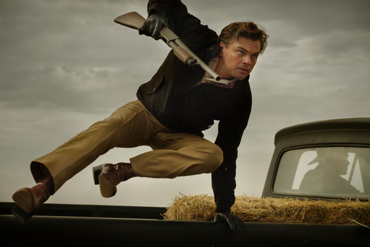 Leonardo DiCaprio ha convinto Tarantino a cambiare una scena nell'ultimo film thumbnail
