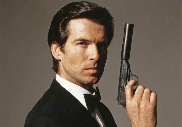 Pierce Brosnan crede sia tempo di un James Bond donna thumbnail