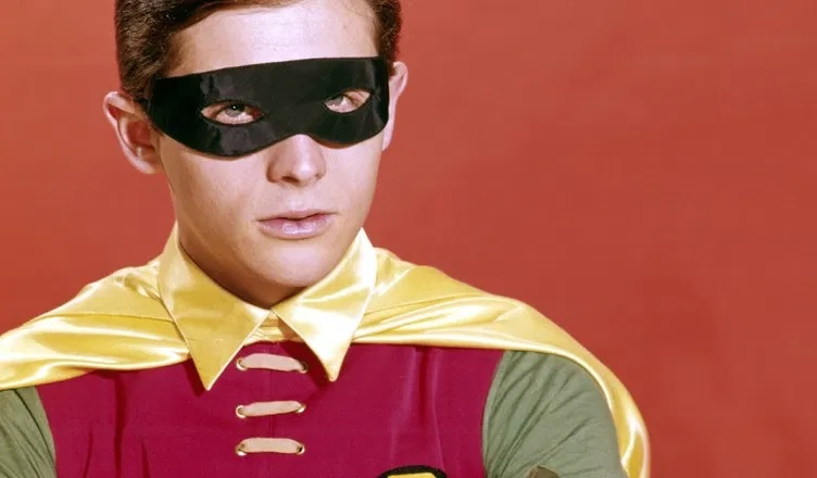 Burt Ward, interprete di Robin, avrà una stella sulla Walk of Fame thumbnail