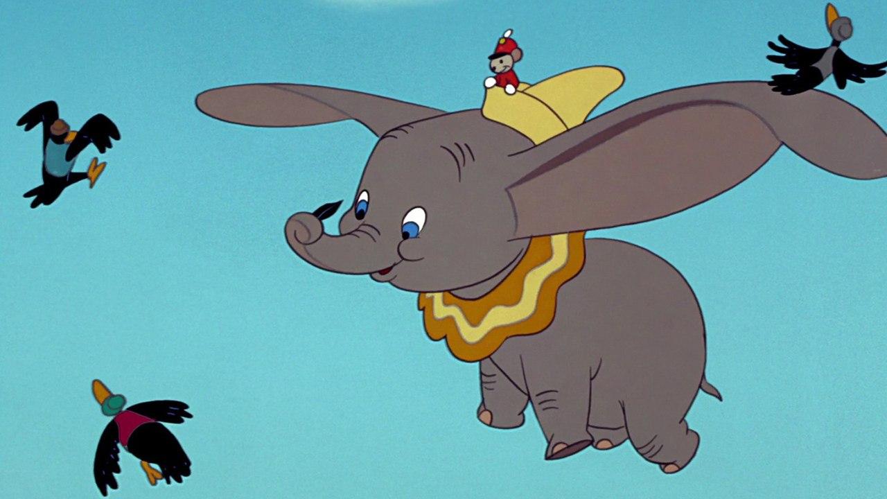 Disney+ ha deciso di non tagliare le scene controverse di Dumbo thumbnail