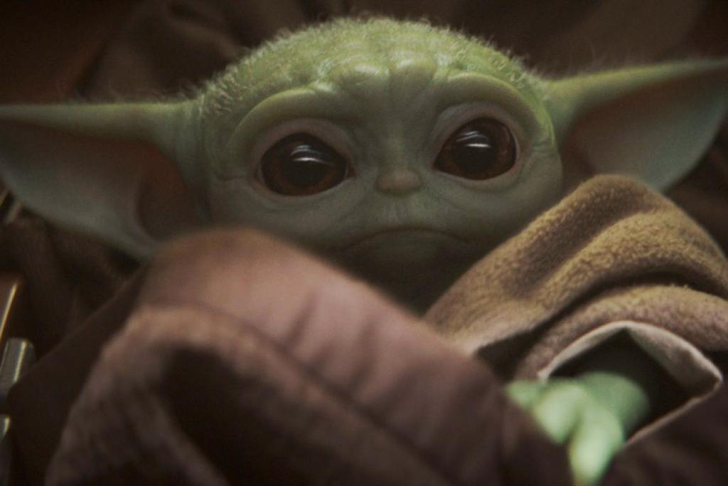 Baby Yoda: tutto quello che c'è da sapere sul nuovo eroe del web thumbnail
