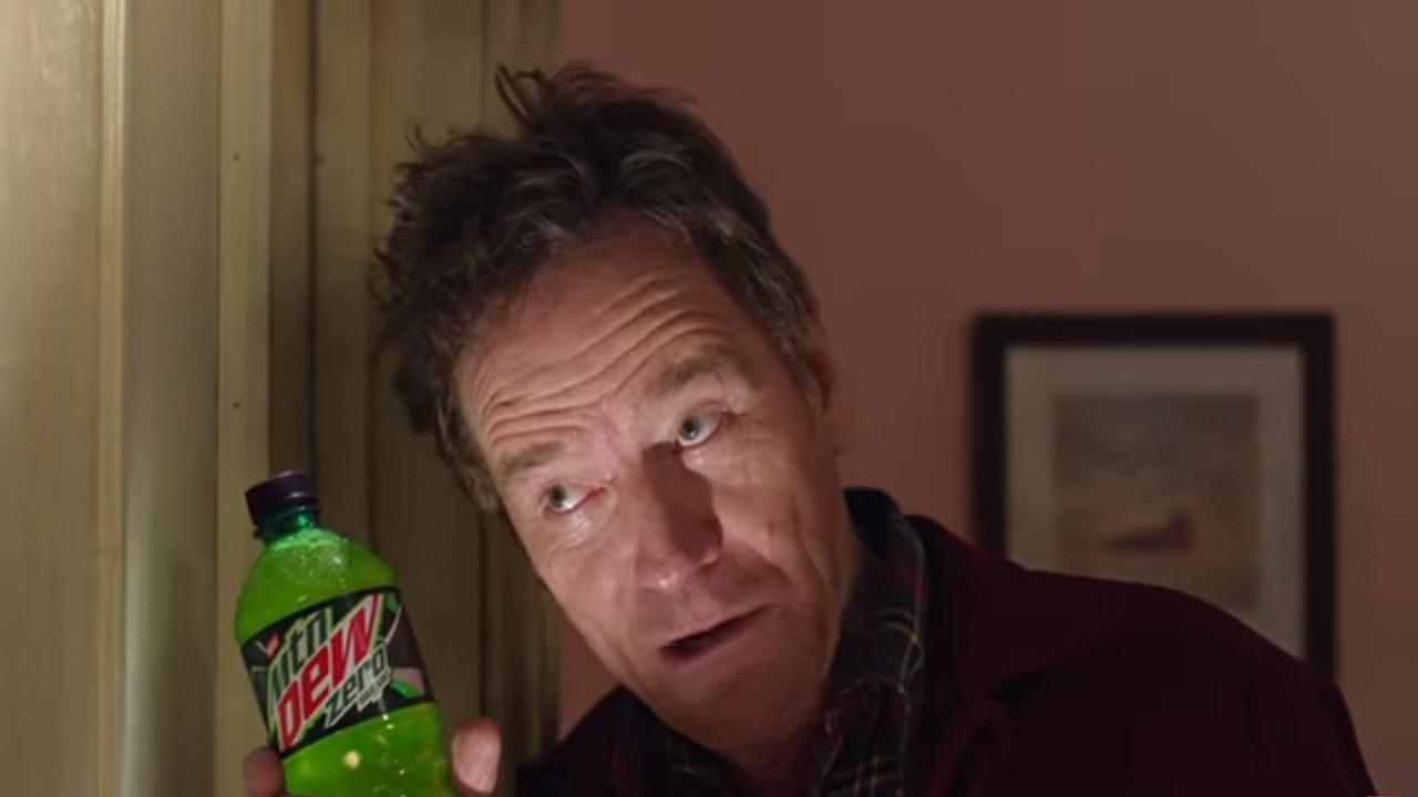 Bryan Cranston in un remake di Shining per lo spot del Super Bowl thumbnail
