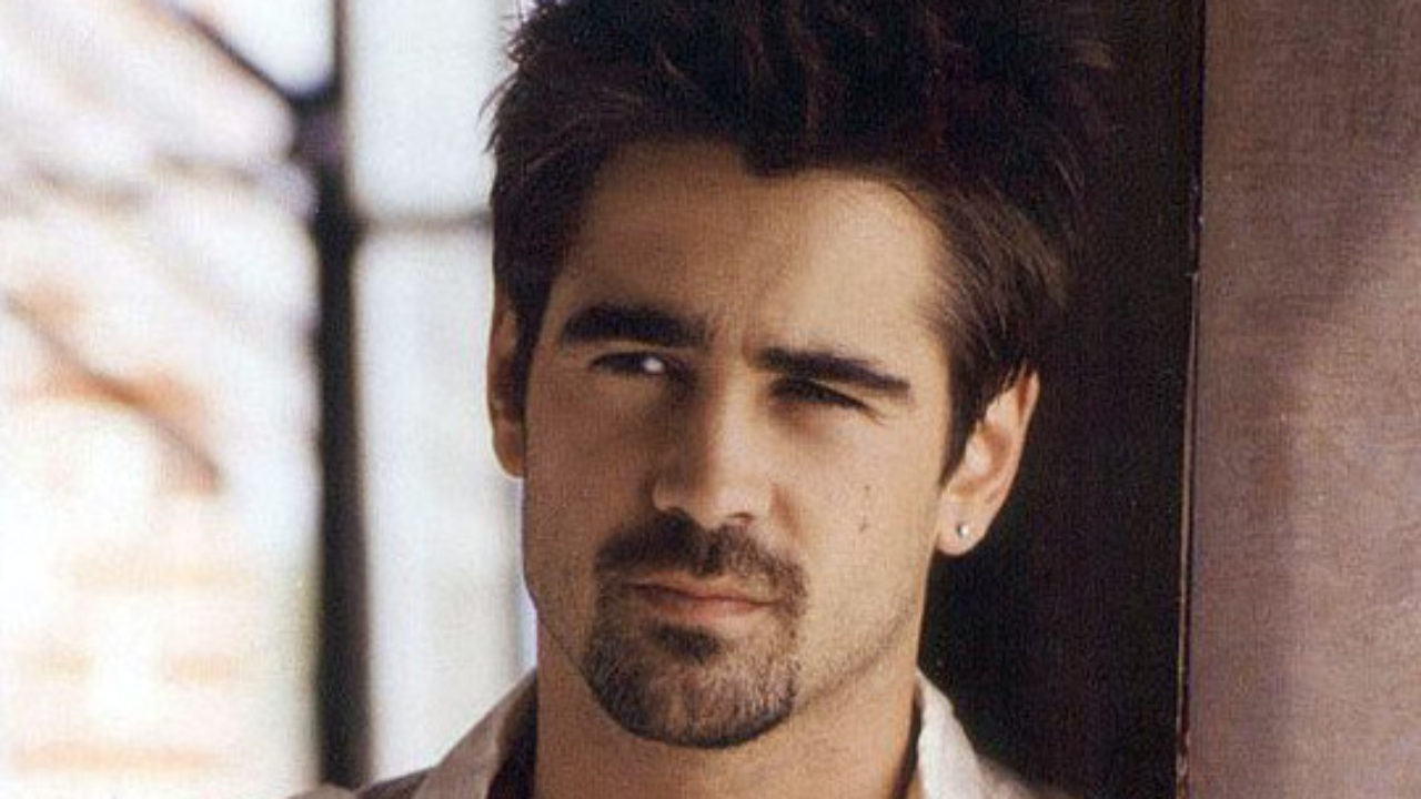 Colin Farrell celebra lo script di The Batman thumbnail