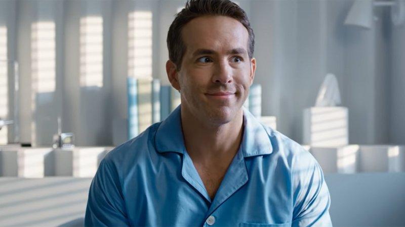 Free Guy si mostra in un altro esilarante promo con Ryan Reynolds thumbnail