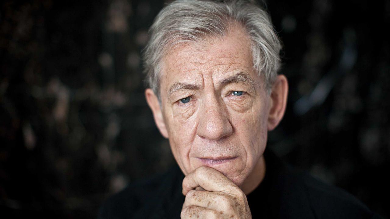 Ian McKellen pubblica The Grey Book, il diario del periodo delle riprese de Il Signore degli Anelli thumbnail