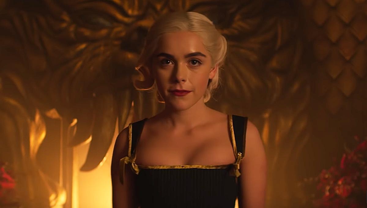 Sabrina, nella stagione 4 echi di The Crown e H.P. Lovecraft? thumbnail