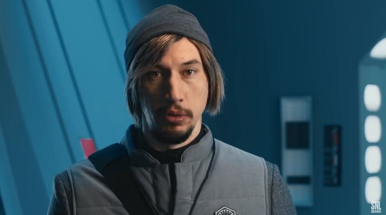 Star Wars: Adam Driver torna come undecover boss al SNL thumbnail
