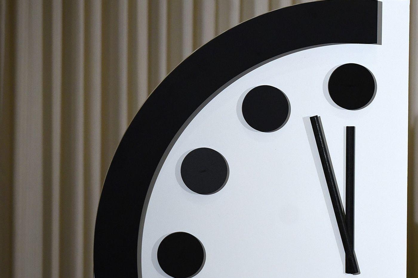 L'Orologio dell'Apocalisse è più vicino che mai alla mezzanotte thumbnail