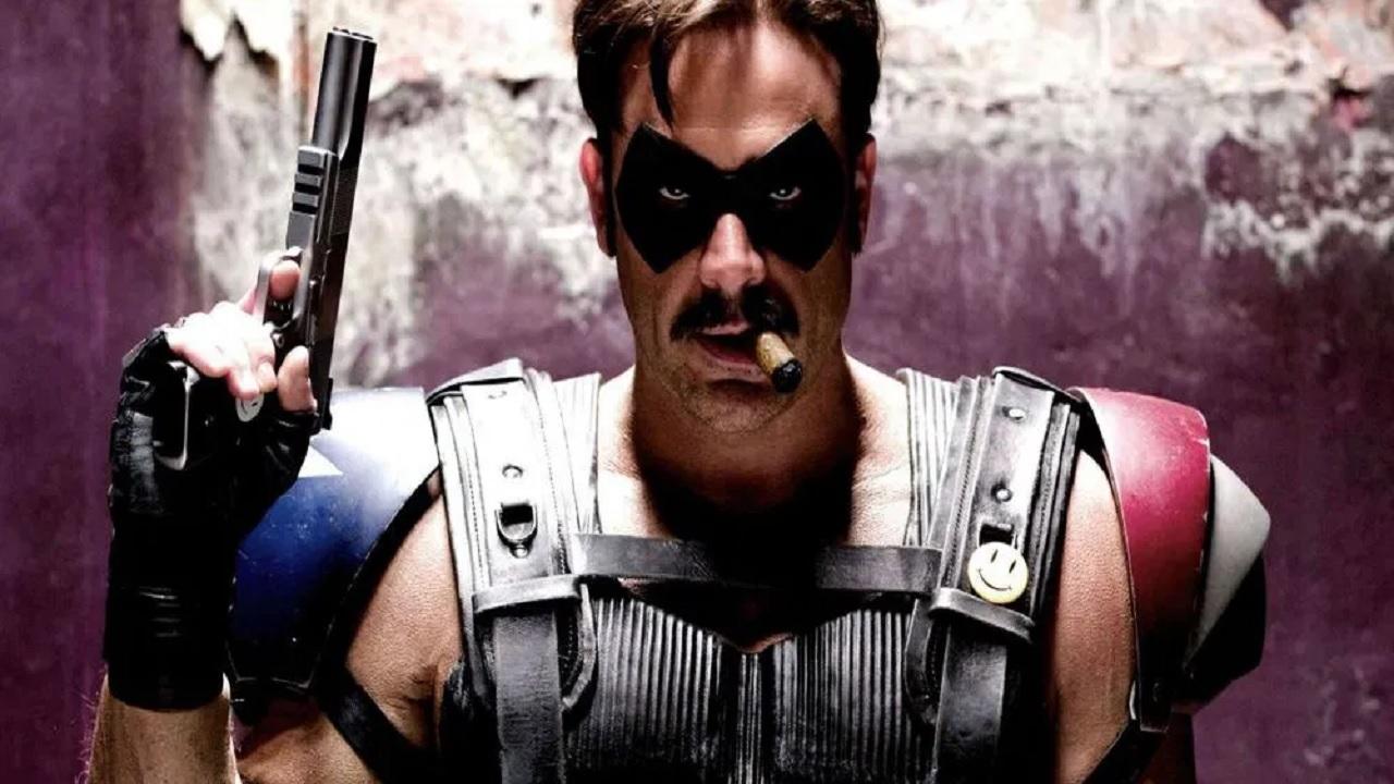 Watchmen: Jeffrey Dean Morgan posta una foto con la maschera del Comico thumbnail