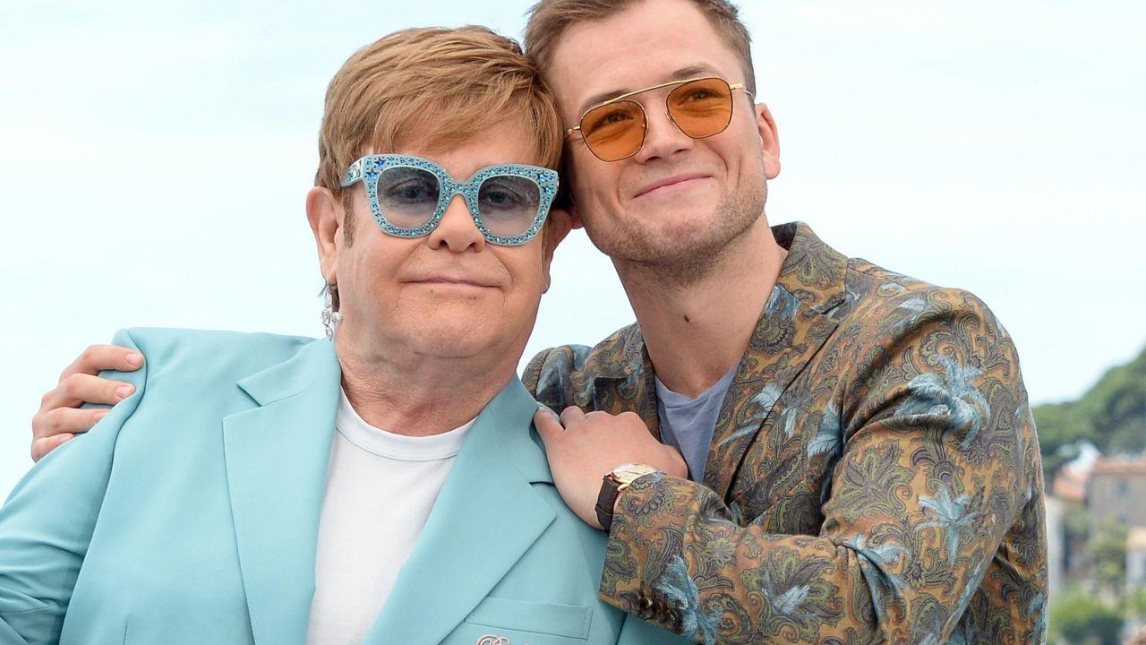 """Elton John confronta Rocketman con Bohemian Rhapsody: """"Il nostro dice la verità"""" thumbnail"""