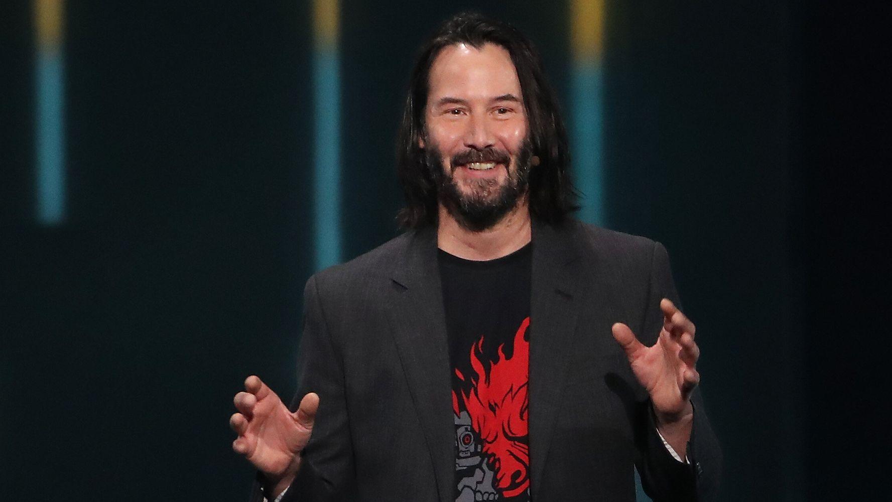 Keanu Reeves: per beneficenza è possibile fare una chiacchierata virtuale thumbnail