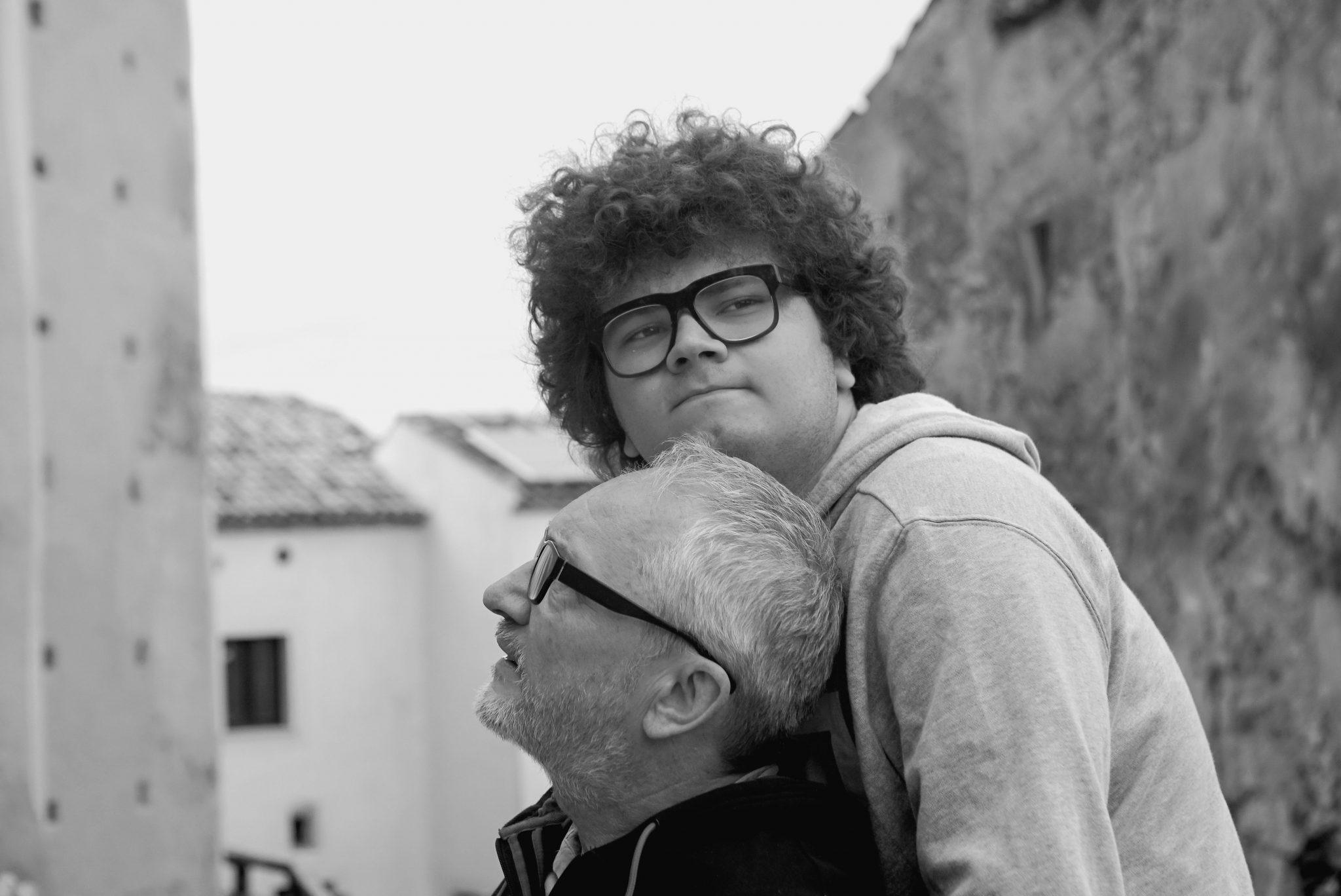 Tommy e l'asta dei Cervelli Ribelli, Il nuovo docu-film di Gianluca Nicoletti thumbnail