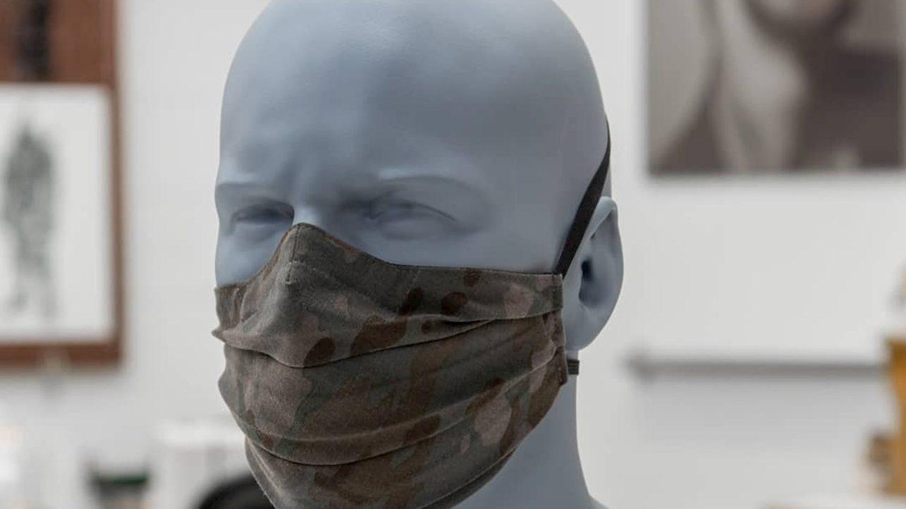 Dalle maschere dei supereroi alle mascherine chirurgiche thumbnail