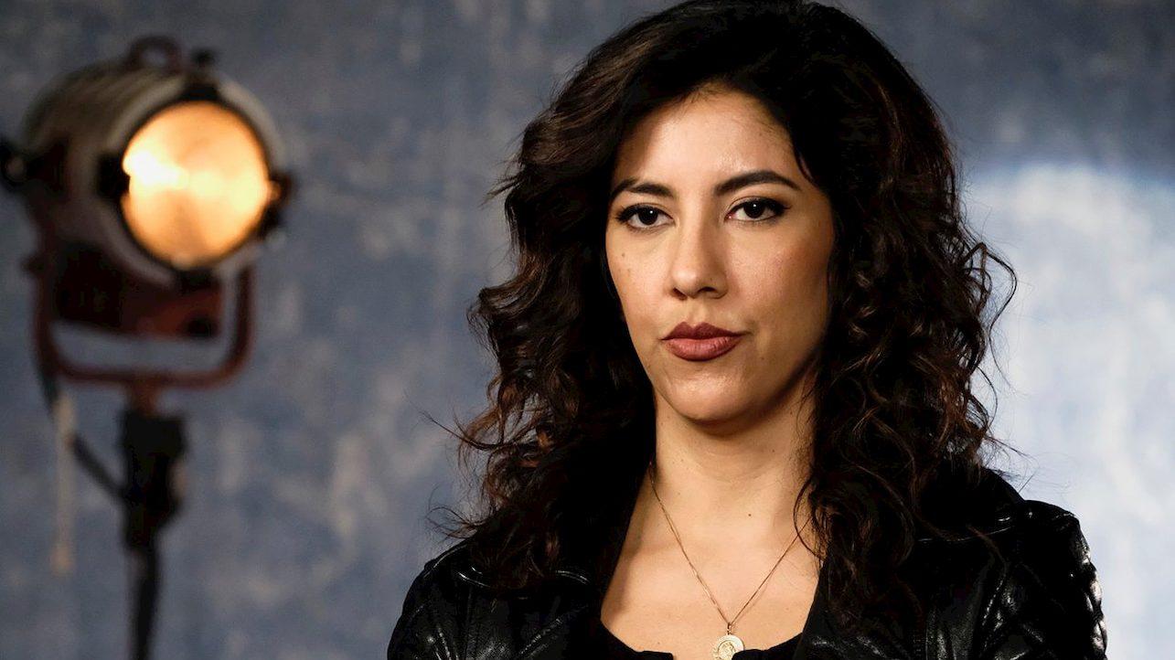 Una star di Brooklyn Nine-Nine si propone come nuova Batwoman thumbnail