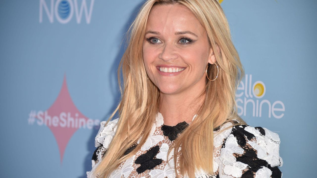 Reese Witherspoon produrrà due nuove commedie su Netflix thumbnail