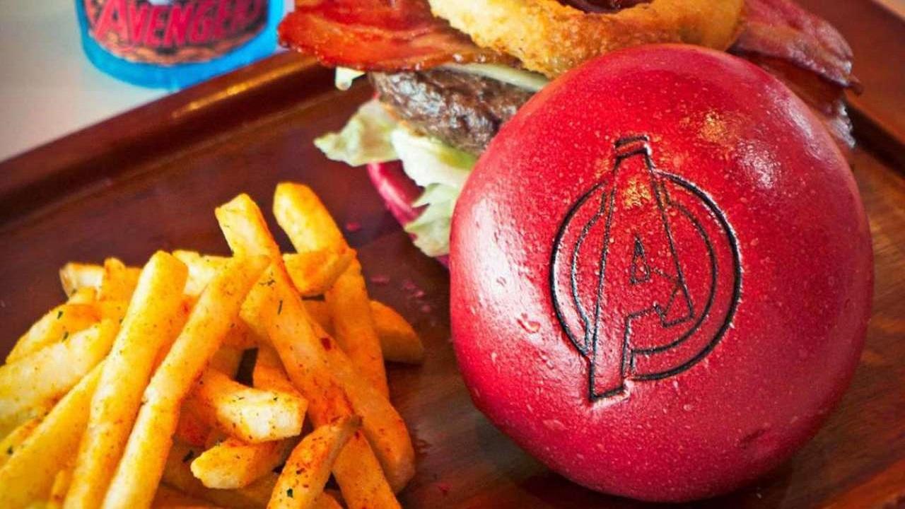 Disneyland Shanghai: arrivano gli hamburger degli Avengers thumbnail