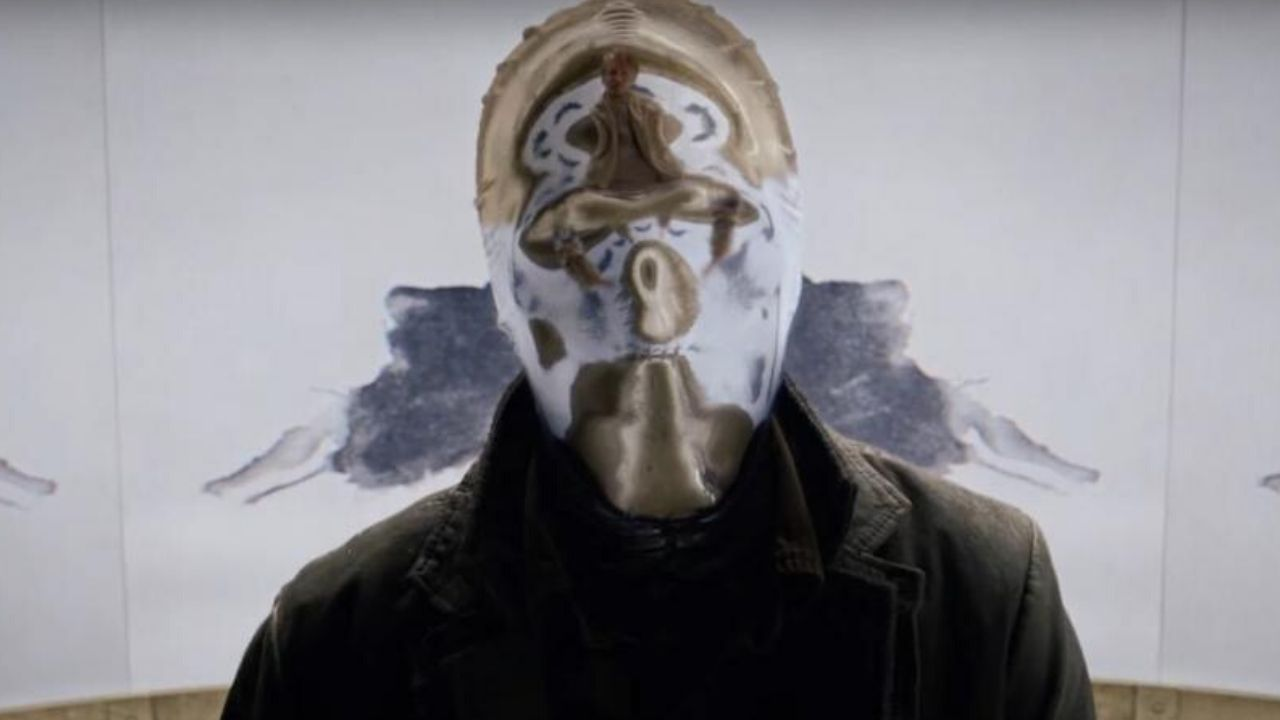 Looking Glass aveva un'origine differente in Watchmen thumbnail