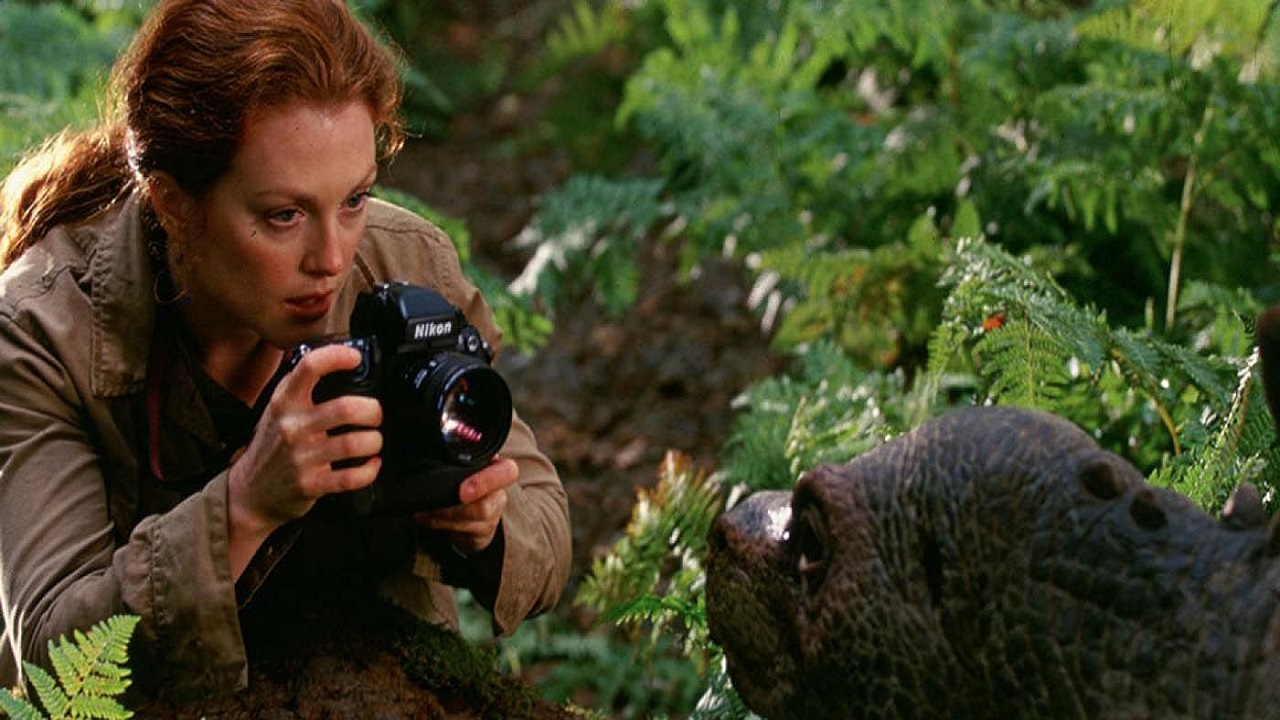 Julianne Moore sarebbe pronta a tornare in Jurassic Park thumbnail
