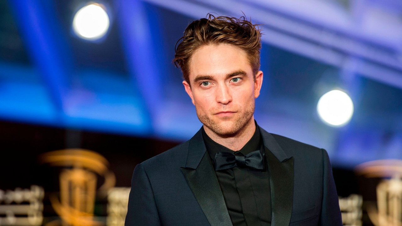Il membro di The Batman positivo al COVID-19 sembra essere Robert Pattinson thumbnail