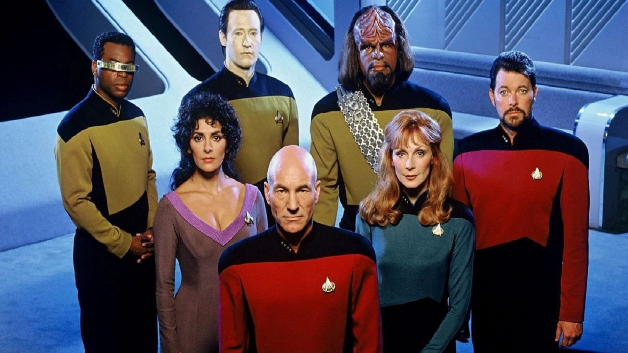La CBS celebrerà lo Star Trek Day 2020 online con panel e discussioni interessanti thumbnail