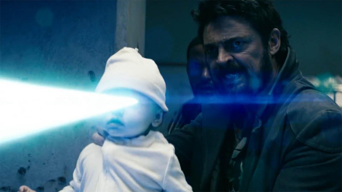 Un bambino laser per affrontare i supereroi thumbnail