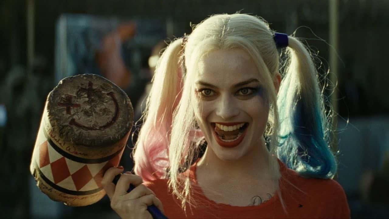 Margot Robbie si dice interessata alla Ayer Cut di Suicide Squad thumbnail