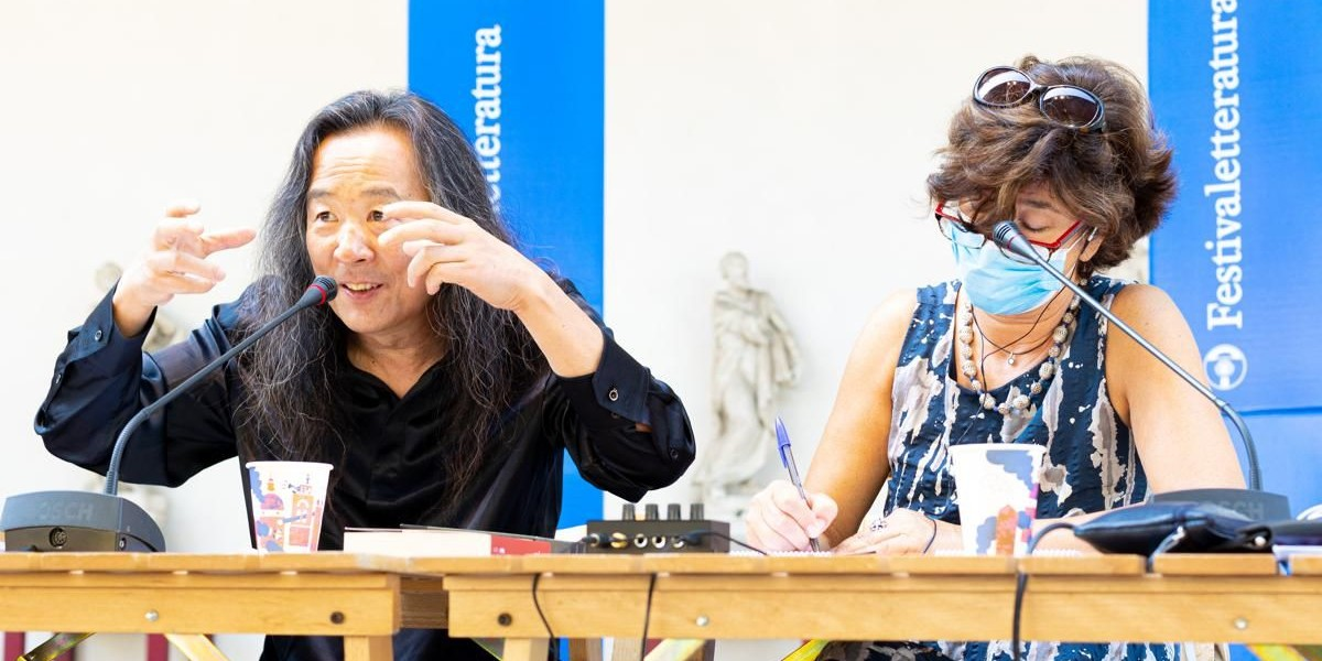 Lian Yang porta la sua poesia multiculturale al Festivaletteratura thumbnail