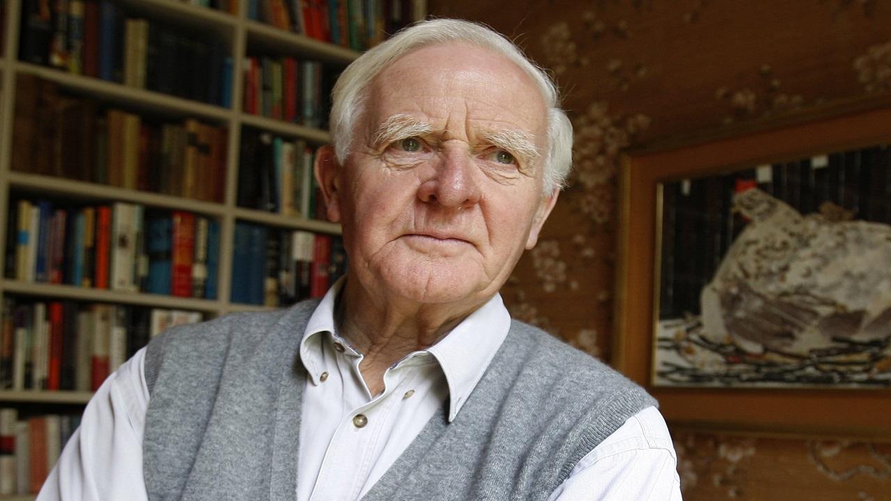 È morto John Le Carré, scrittore e maestro dei romanzi di spionaggio thumbnail