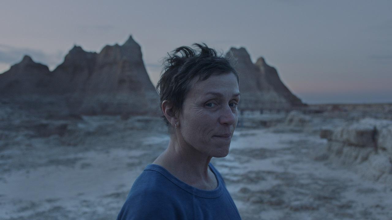 Rilasciato un nuovo trailer per Nomadland, il film di Chloé Zhao thumbnail
