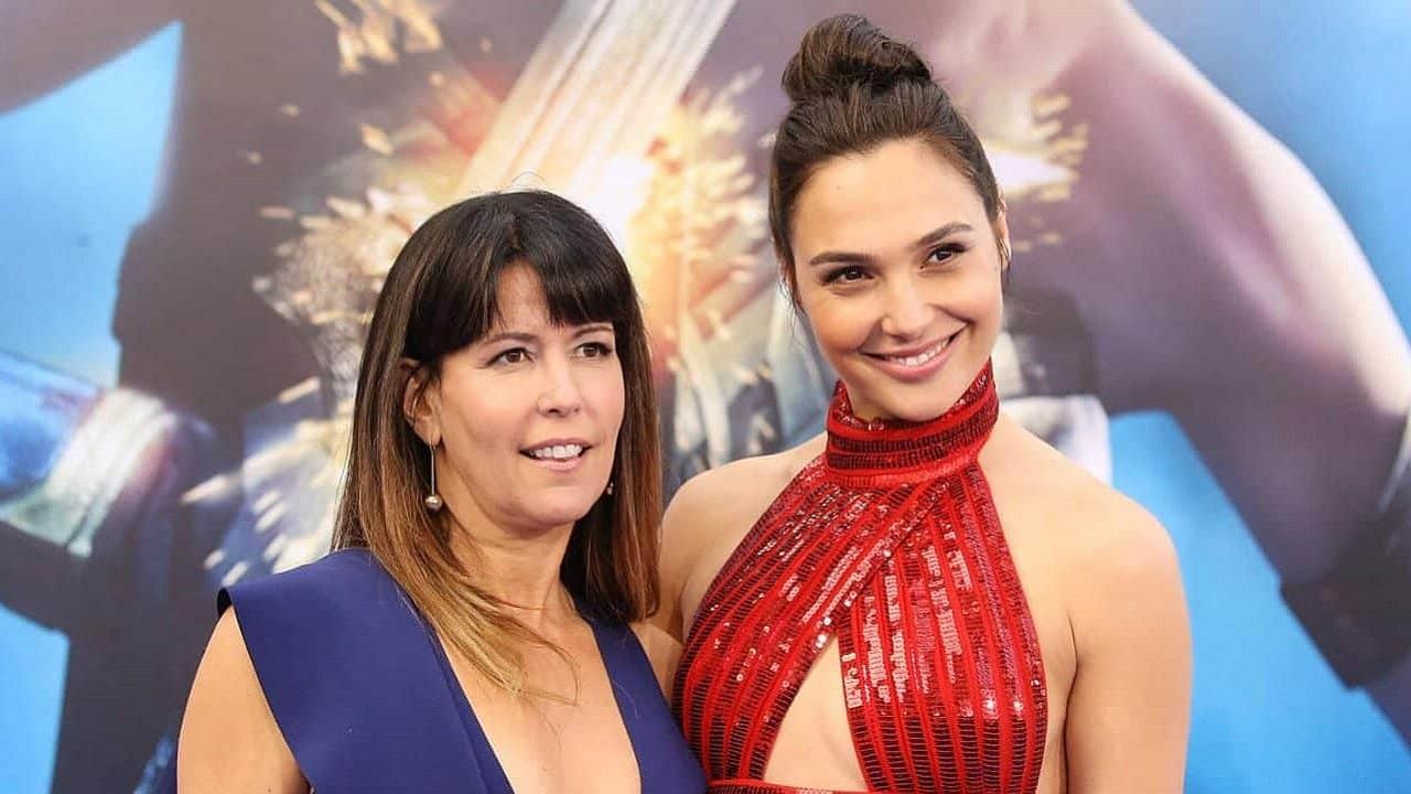 "Patty Jenkins: ""Nessuna guerra con Warner Bros. per Wonder Woman"" thumbnail"